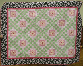 Kathy Martin - Daisy Day and Daisy Nights quilt