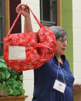 Ann Ware - Tote Bag turned into Duffell Bag