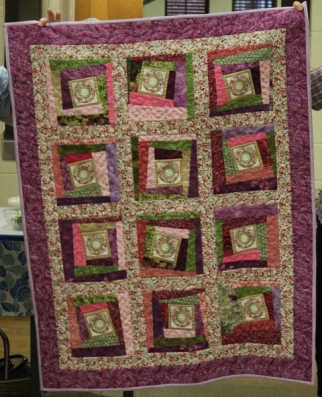 Barbara and Bobbie Badger - Floral Comfort quilt